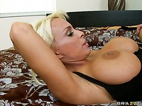 Holly Halston milfs-like-it-big xxx 32