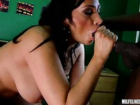 Vannah Sterling milfs-like-it-black xxx 10