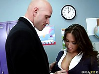 Faye Runaway, Lizz Taylor big-tits-at-school movie