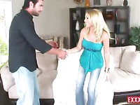 Shaved blonde Allison Pierce gets a fuck