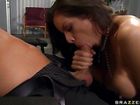 Yurizan Beltran Big Tits At Work xxx 5
