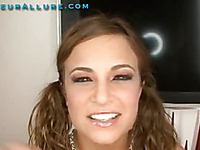Nadia Allure Amateur Allure xxx 32